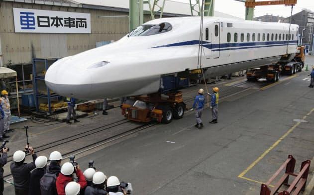 新幹線「N700S」初号車を公開