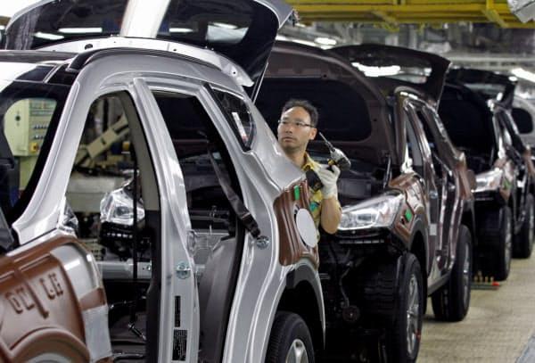 韓国では新型コロナウイルスの影響で製造業が伸び悩む(現代自動車の工場)=ロイター