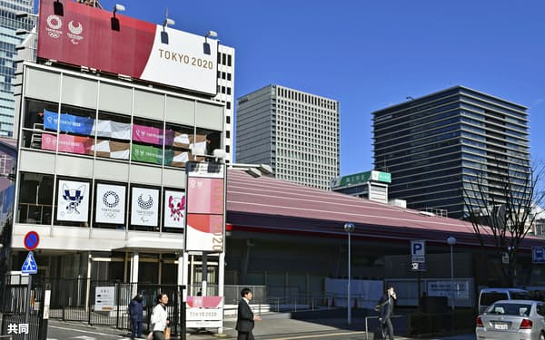 東京五輪・パラリンピックの観戦チケットの販売所が設置される予定の東京・有楽町の施設(27日)=共同