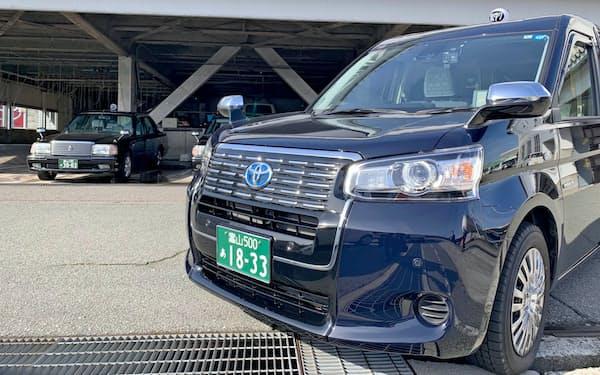 タクシー業界が保有する大量の車両を生かす(富山交通の車両)