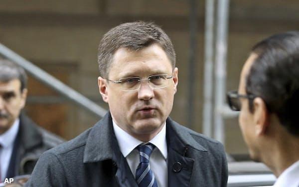 ロシアのノワク・エネルギー相はOPECの減産強化の提案を拒否したもよう(6日、ウィーン)=AP