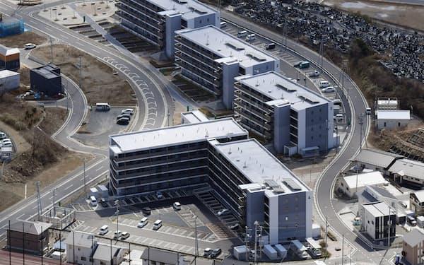 高台に建てられた災害公営住宅(3月3日、宮城県女川町)