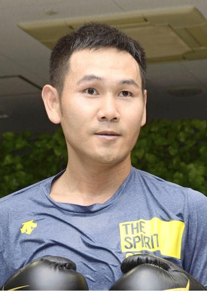 ボクシング高山勝成、プロ復帰を表明 元世界王者: 日本経済新聞