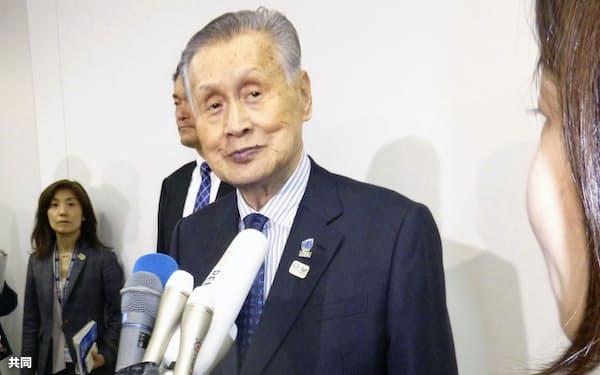 取材に応じる2020年東京五輪・パラリンピック組織委の森喜朗会長(11日午後、東京都中央区)=共同