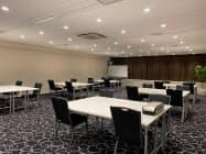 貸会議室大手のティーケーピー(TKP)が提供するレンタルオフィス。会議室の机や椅子を活用し、レイアウトを変更する