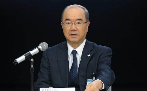 来期の経営計画を発表する大阪ガスの本荘武宏社長(大阪市)