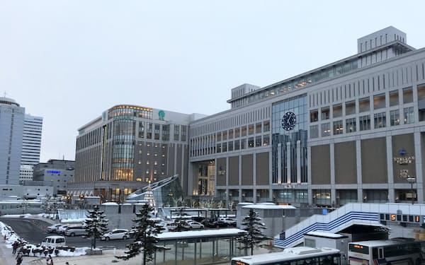 北海道は全国で唯一、緊急事態を宣言している(札幌駅)
