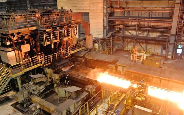 鋼材需要に不透明感が増している(東京製鉄田原工場)