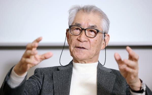 インタビューに答える京都大の本庶佑特別教授(16日、京都市左京区)