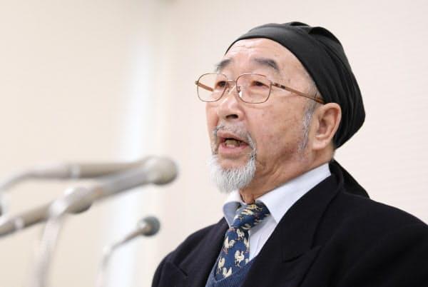 植松被告に死刑判決が言い渡され、記者会見する被害者家族の尾野剛志さん(16日、横浜市中区)