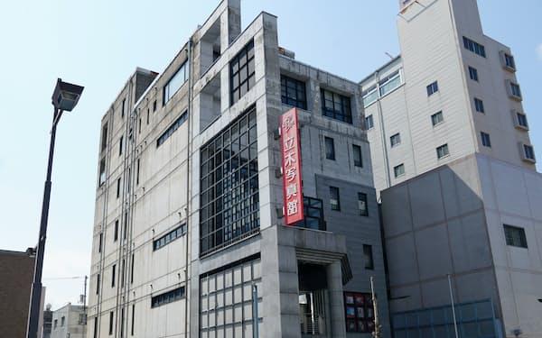 創業から130年以上の立木写真館が16日、徳島地裁に自己破産を申請した(徳島市)