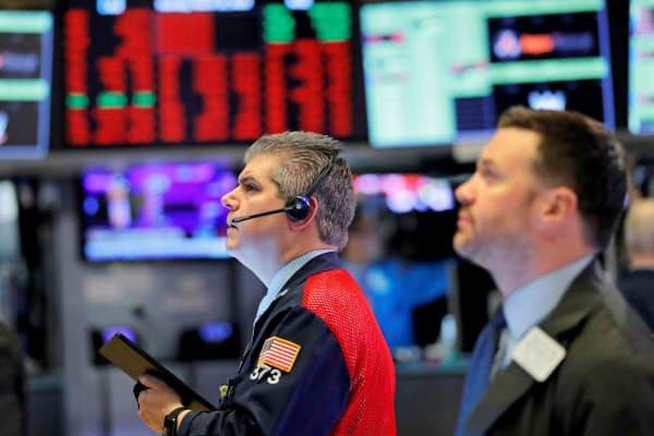 米株式市場では株式売買が一時停止された=ロイター