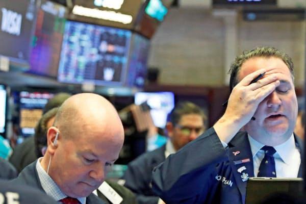 18日のニューヨーク証券取引所=ロイター