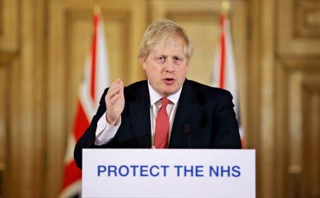 ジョンソン英首相はまだ国民に外出禁止令など厳しい行動規制はかけていない=ロイター