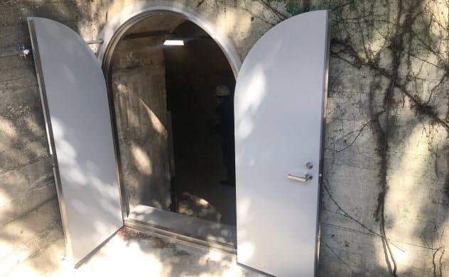 地下壕の入り口は東京・市谷の防衛省敷地内にある