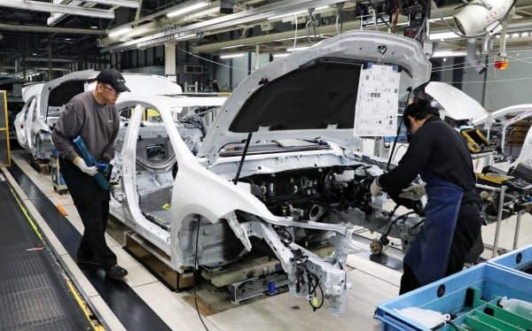 国内5工場の計7つの製造ラインの稼働を一時停止する(トヨタ自動車九州の宮田工場)
