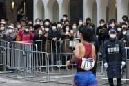 東京マラソンの規模縮小も収益を圧迫した