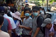 ミャンマーでも新型コロナウイルスへの警戒感が高まっている(24日、ヤンゴン)