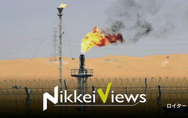 サウジアラビアの大幅増産をきっかけに原油相場は急落した(サウジの油田)=ロイター