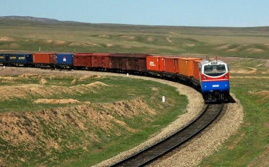 西安から欧州を結ぶ列車
