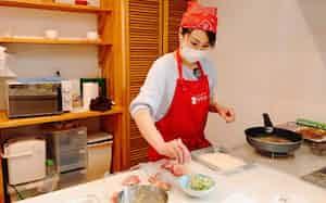 主婦らが料理の作り置きなどを請け負う