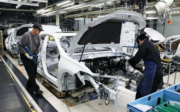 トヨタ自動車は国内5工場の計7つの製造ラインの稼働を一時停止する(トヨタ自動車九州の宮田工場)