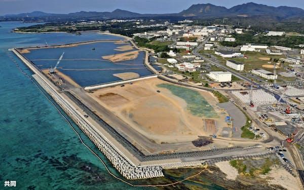 工事が進む沖縄県名護市の海岸(2月)