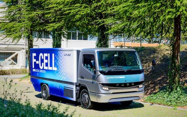 26日に燃料電池小型トラックのコンセプトカー「eCanter F-Cell」を公開した
