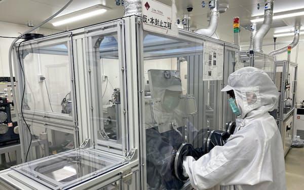 早稲田大学はリチウム硫黄電池の大型化を目指す(逢坂教授提供)