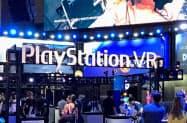 外出規制の拡大に伴い、テレビゲームや動画配信サービスの利用が増えている
