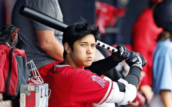 大谷は打者として昨季は復活。今季は投手としての完全復帰を目指していた=共同