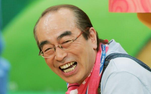 テレビ番組を収録中の志村けんさん(2006年3月)