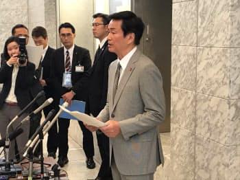 千葉県の森田健作知事は平日夜の都内への移動自粛を呼びかけた(30日、千葉県庁)