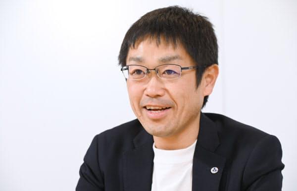 なかの・ともや 1978年兵庫県生まれ。2001年中京大経営卒。12年グロービス経営大学院大学修了。求人広告業界での営業経験が長い。12年4月にビジネススクール同期の3人でアイプラグを設立し、社長に就任した。