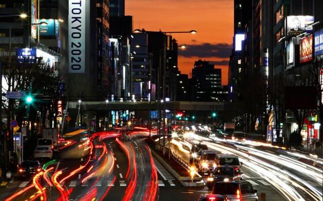 ゲッティ・写真家のローズ氏、夕暮れに東京の美しさ