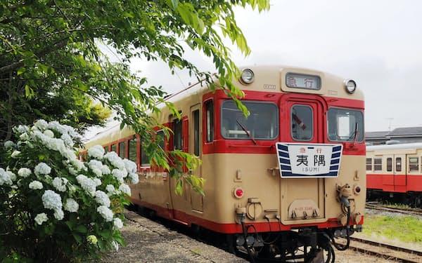 6月までの毎週土曜日に運行するいすみ酒BAR列車