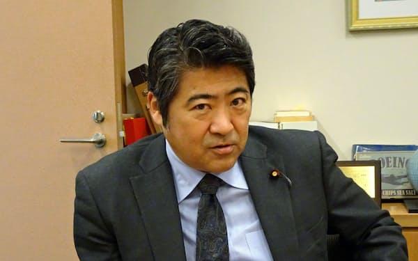 きはら・せいじ 東大法卒、大蔵省(現財務省)へ。岸田派に所属。党経済成長戦略本部事務局長を務める。衆院東京20区、49歳。