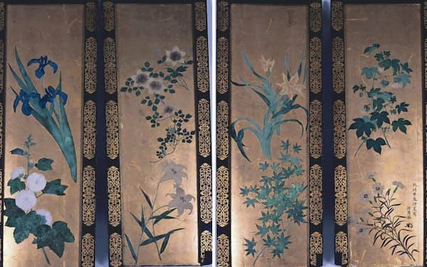 円山応挙が月鉾の軒裏に描いた草花図