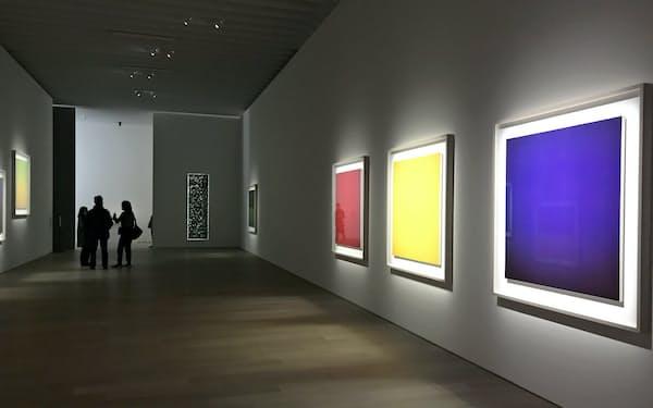 報道陣に公開された京都市京セラ美術館「杉本博司 瑠璃の浄土」展示風景 (C)Hiroshi Sugimoto