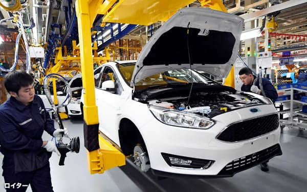 新型コロナで中国の自動車メーカーの工場も停止した=ロイター