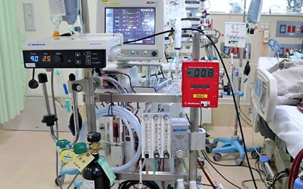 重篤患者の呼吸機能を維持するのに利用する体外式膜型人工肺(ECMO=エクモ)