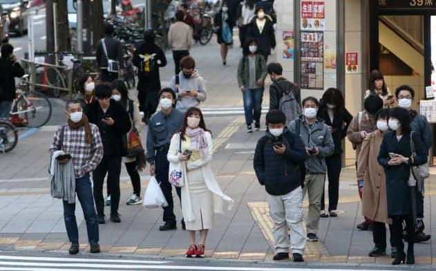 都で新たに118人感染確認 新型コロナ、100人超は初