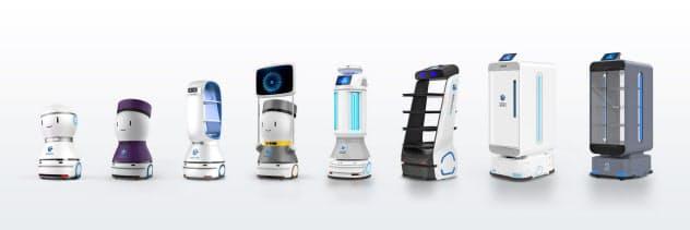 主力の飲食店向けの配膳ロボットのほか、ホテル内の荷物配送や道案内ができるロボットをそろえる=KEENON ROBOTICS提供