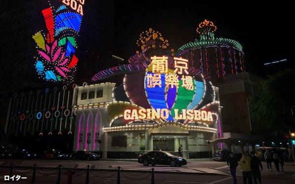 マカオのカジノは新型コロナで大きな打撃を受けている(2月)=ロイター