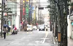 繁華街への人出も減少した(松山市内)