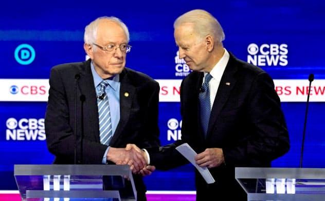 サンダース氏、米大統領選撤退 民主候補はバイデン氏に