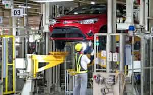 トヨタはインドネシアで生産を一時停止する(西ジャワ州にある同社工場)