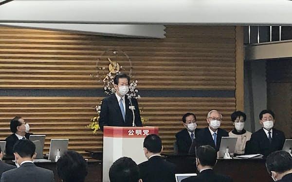 公明党中央幹事会であいさつする山口那津男代表(9日、公明党本部)