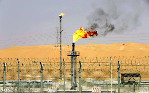 原油価格の下落が止まらない=ロイター