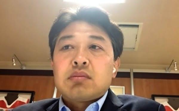 インターネットで記者会見した日本ラグビー協会の岩渕健輔専務理事
